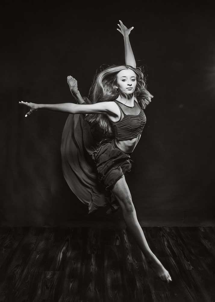 DANCER-PORTRAIT-2