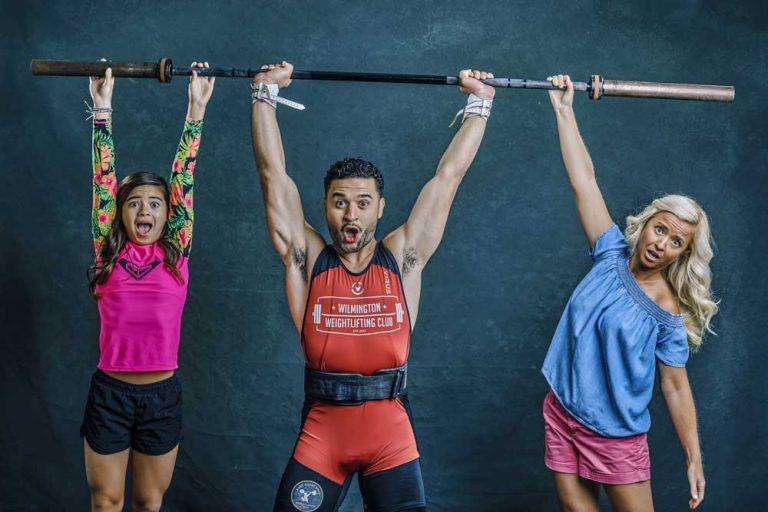 bodybuilder-family-portrait