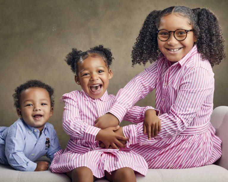siblings-portrait